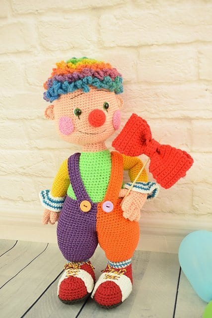 Amigurumi crochet doll- Fooly the clown