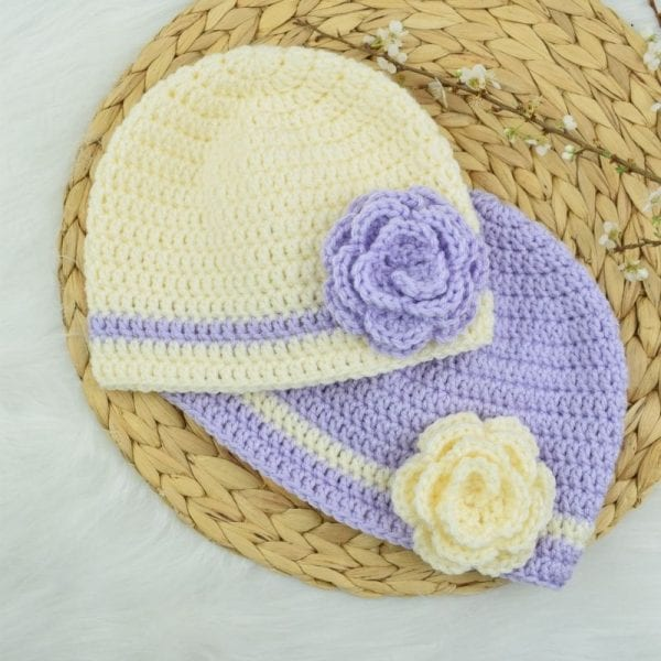 FREE CROCHET BASIC BEANIE/HAT PATTERN WITH FLOWER